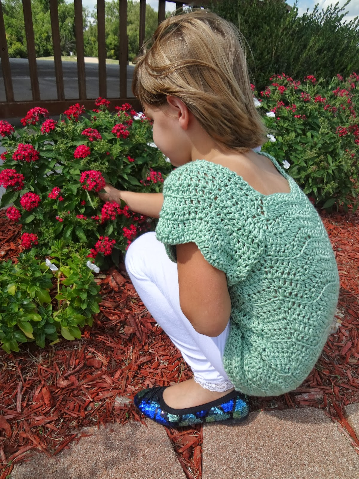 Ripple stitch crochet top pattern for children from Banana Moon Studio.