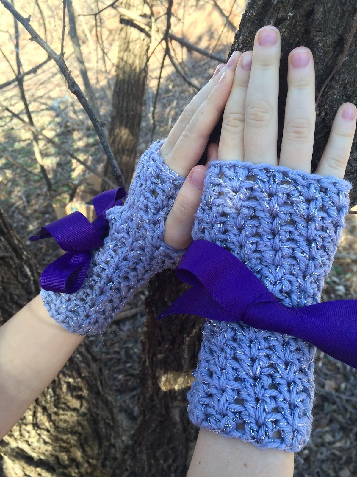 Crochet wrist warmers for girls, a FREE crochet pattern by April Garwood of Banana Moon Studio