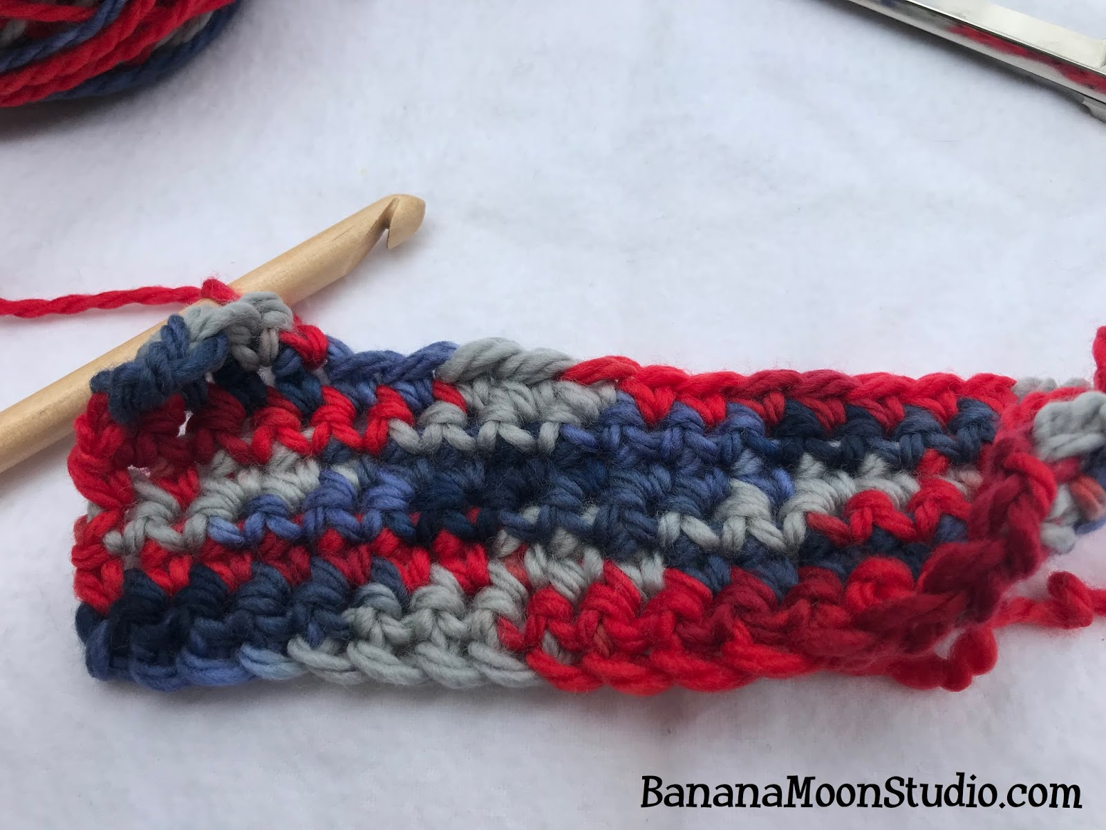How to join in a new ball of yarn in crochet and knitting, a new method by April Garwood of Banana Moon Studio