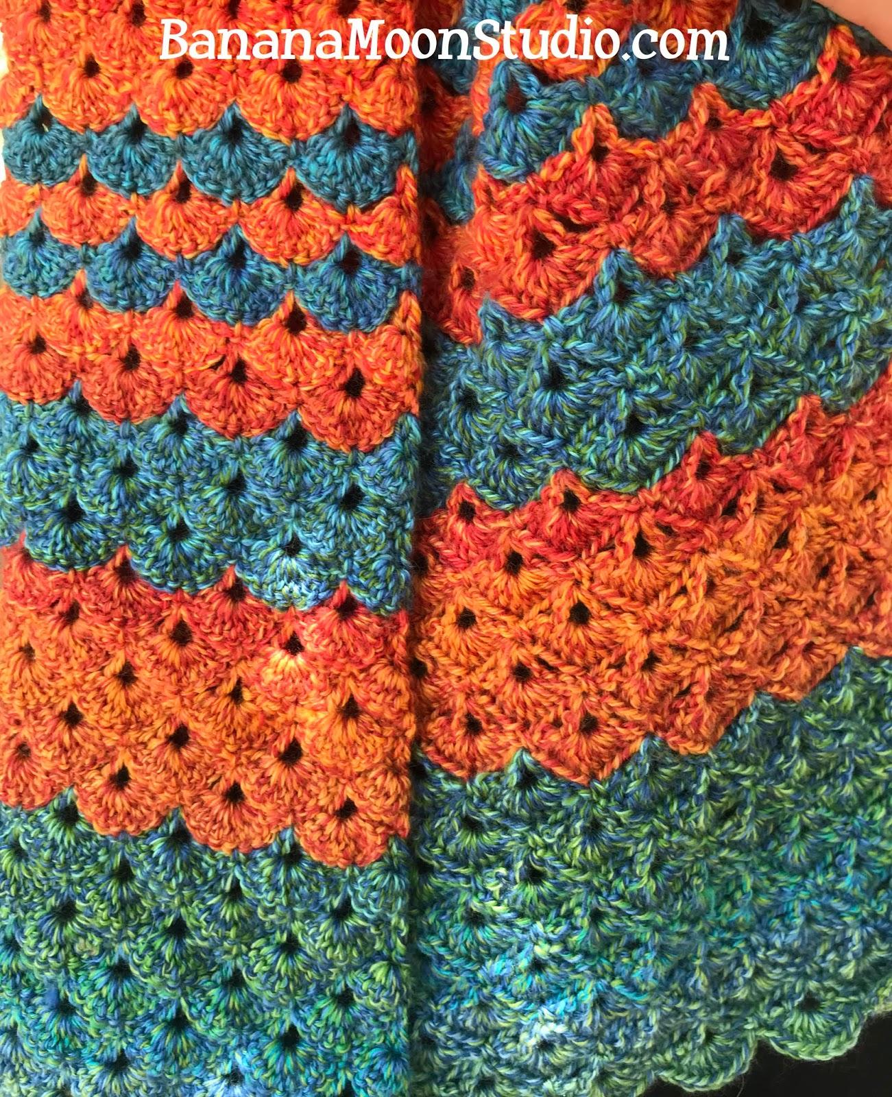 Crochet wrap pattern, free from Banana Moon Studio!