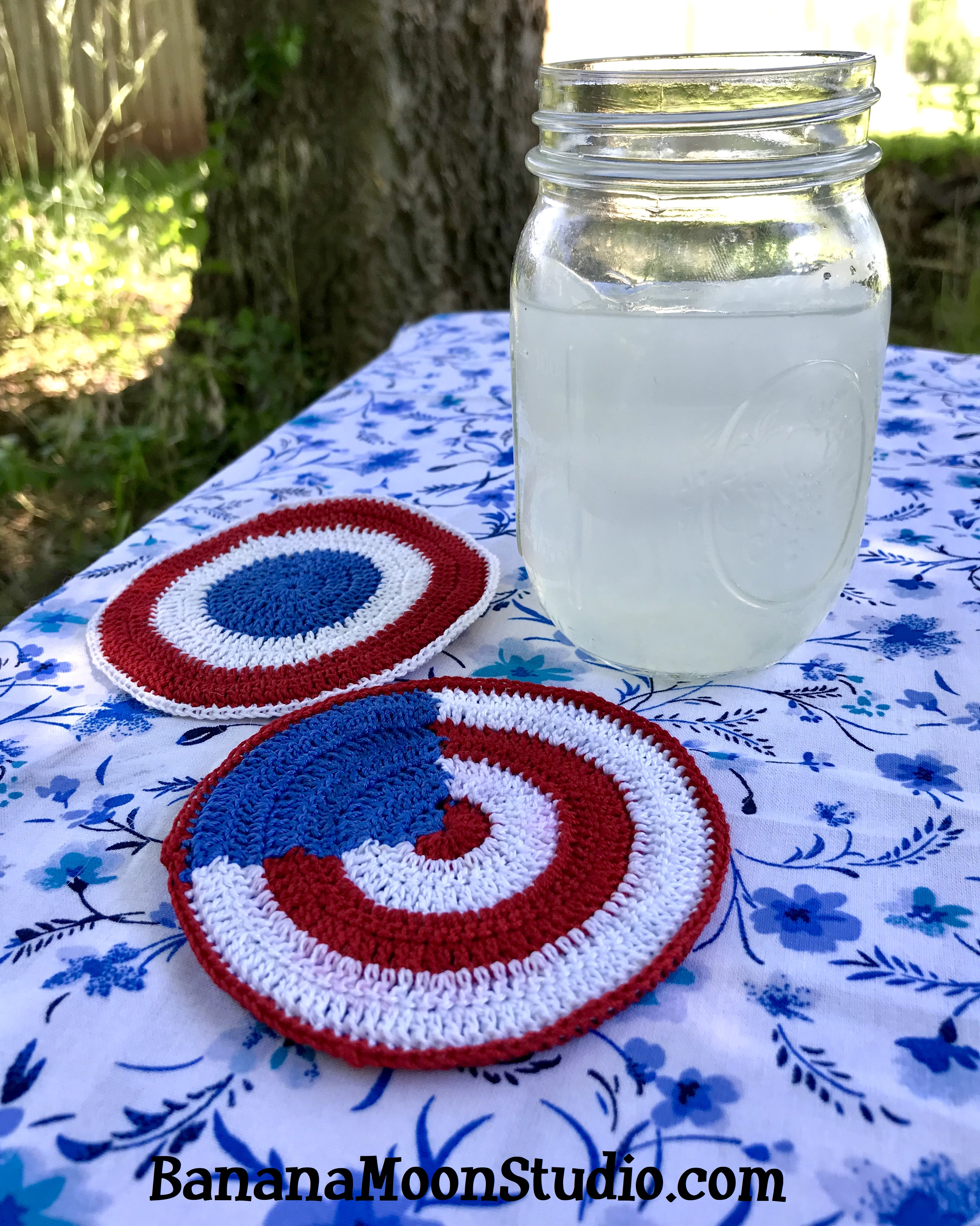 Crochet pattern, 4th of July coasters, Independence Day. Banana Moon Studio