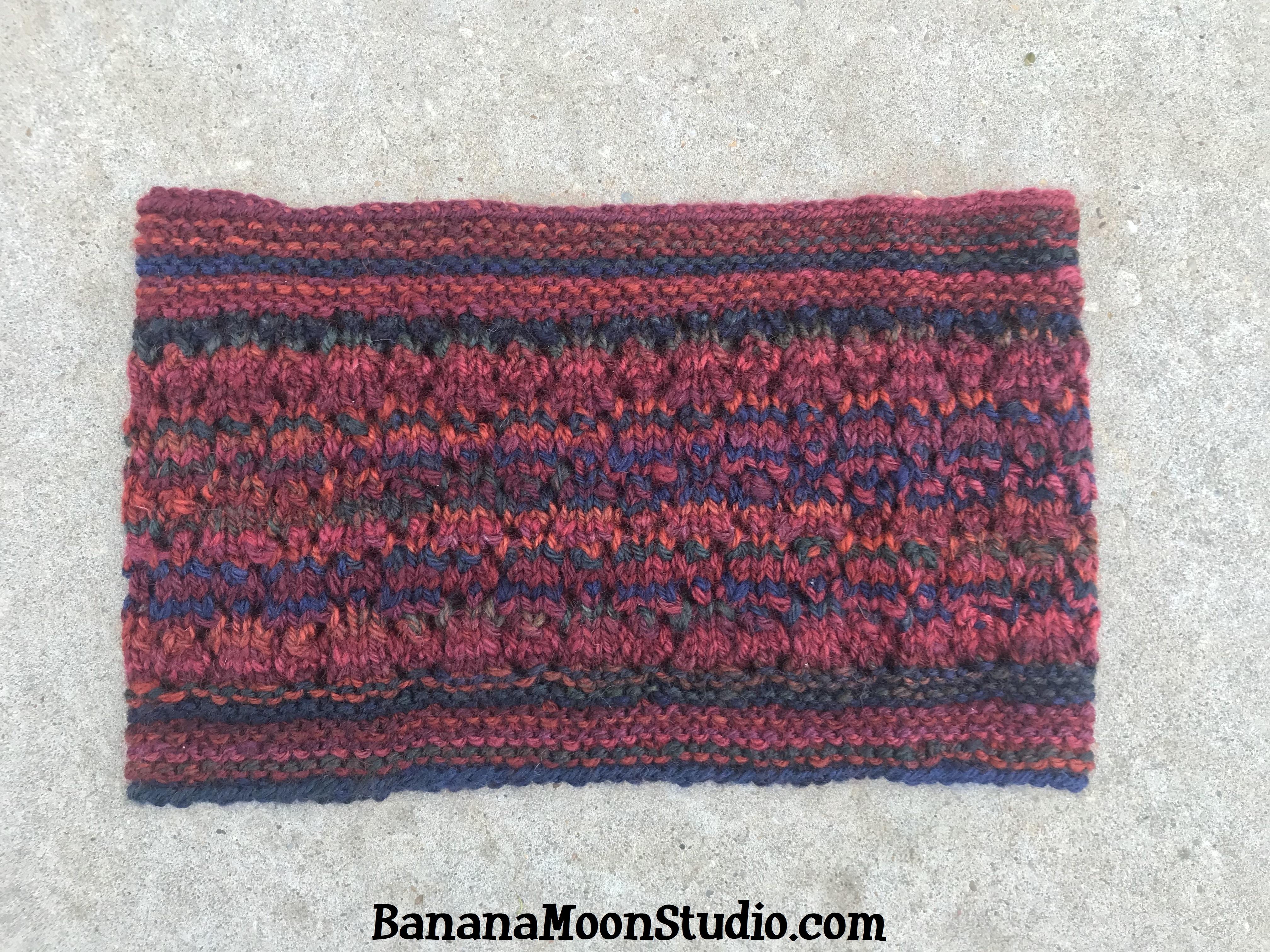 Free knitting pattern for a cowl, Lumi Cowl, by April Garwood of Banana Moon Studio 5