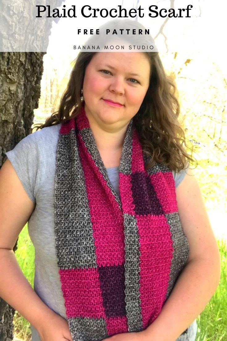 Plaid Scarf Crochet Pattern from Banana Moon Studio. Free! #crochetpatternsforplaidscarves #freecrochetscarfpatterns