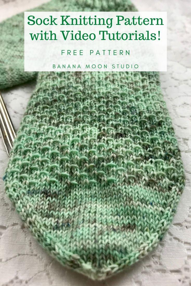 Sock knitting pattern with video tutorials from Banana Moon Studio #sockknitting #freesockknittingpatterns #freesockpatterns