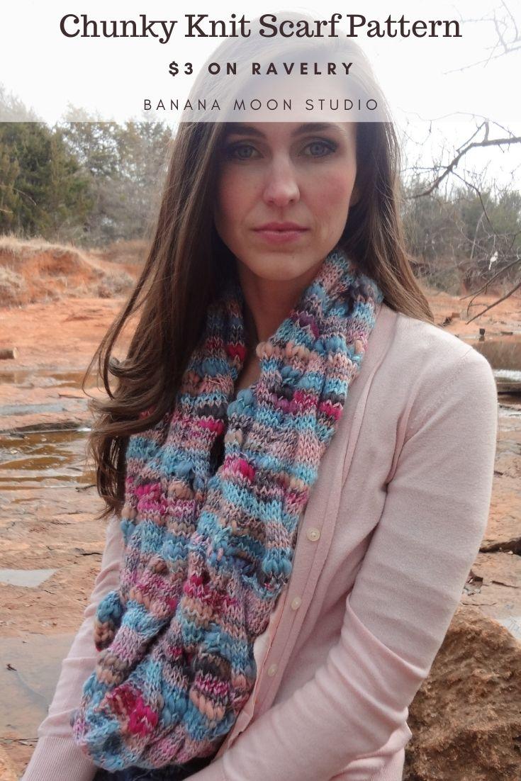 Chunky knit infinity scarf pattern from Banana Moon Studio!