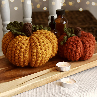Berry Beautiful Pumpkins crochet pattern from Peach and Paige.