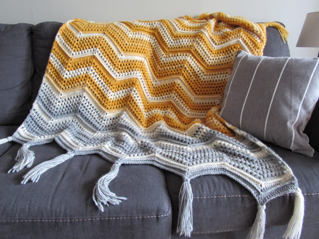 Chevron With a Twist Blanket from This Pixie Creates.