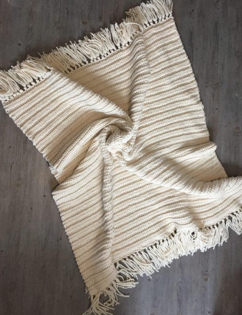 Midwinter Blanket from Rich Textures Crochet, a super bulky crochet blanket pattern.